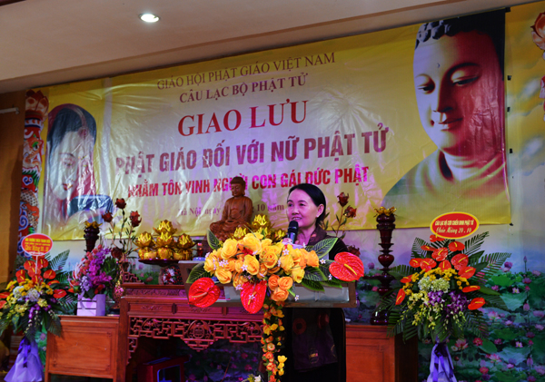 cư sĩ Diệu Nhân - Nguyễn Thị Xuân Loan, ủy viên Hội đồng trị sự Trung ương Giáo hội Phật giáo Việt Nam - Phó Thư ký Ban Hướng dẫn Phật tử trung ương, trưởng Ban tổ chức đọc diễn văn khai mạc.