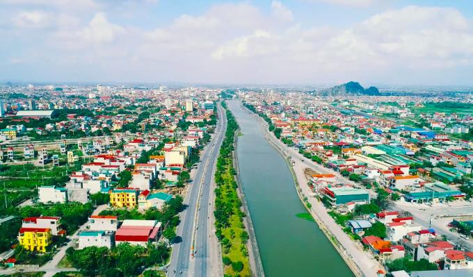 Thành phố Ninh Bình nhìn từ trên cao (Ảnh: Nbtv.vn)