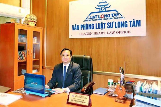 Luật sư Lê Ngọc Hoàng (Trưởng Văn phòng luật sư Long Tâm).