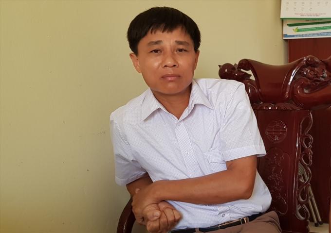 Ông Nguyễn Quốc Việt - Chủ tịch xã Lạc Long (huyện Lạc Thủy, Hòa Bình) cho biết cán bộ xã cũng bức xúc chứ không chỉ riêng người dân.