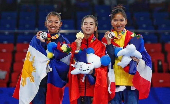Mộng Quỳnh gây chú ý bởi ngoại hình nhỏ nhắn nhưng tinh thần và kỹ thuật biểu diễn nổi bật. Đến với bộ môn này từ năm 7 tuổi, năm 2016, cô được phong kiện tướng taekwondo quốc tế.