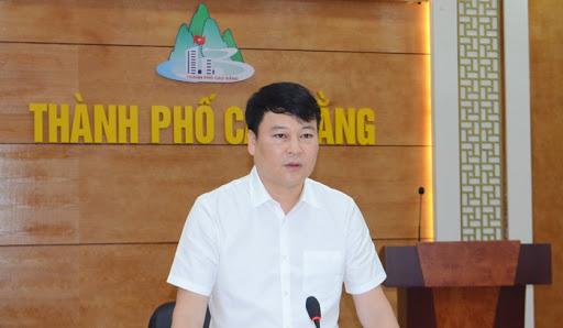 Ông Nguyễn Quốc Trung, Chủ tịch Ủy ban Bầu cử - Chủ tịch UBND Thành phố Cao Bằng.