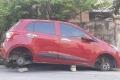 Hi hữu, Hyundai i10 đậu ngoài đường bị kẻ gian tháo trụi 4 bánh