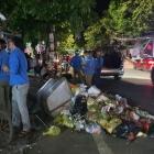 Nghệ An: Nam công nhân quét rác nhập viện sau tai nạn hy hữu