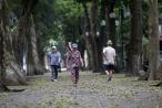 Hà Nội, nhiều tuyến phố yên ả trong ngày đầu tiên nghỉ lễ