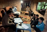 Đắk Lắk: Nhiều con bạc đang say sưa sát phạt nhau trong nhà kho