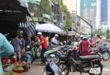 """Hình ảnh """"xấu xí"""" trên những con đường đẹp nhất Sài Gòn"""