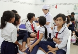 Hàng chục học sinh Ninh Thuận nhập viện nghi do ngộ độc sữa