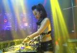 "DJ Trang Moon ""xõa"" tại  ""Red Party at Le Parc"""