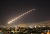 Căn cứ không quân Syria lại bị nã tên lửa