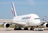 Máy bay Pháp chở hơn 500 khách nổ một động cơ giữa không trung