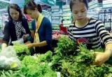 Giá thực phẩm 'chạy đua' với Tết