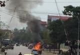 Thái Nguyên: Ô tô con hiệu Kia Morning bốc cháy ngùn ngụt giữa phố