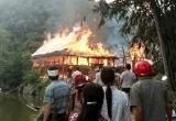 Yên Bái: 'Bà hỏa' ghé thăm, 2 ngôi nhà sàn bị thiêu rụi
