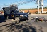 Tránh xe tải, người phụ nữ tông vào xe Cảnh sát cơ động