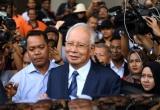 Cựu thủ tướng Malaysia Najib ra hầu toà