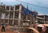 Đắk Lắk: Sập giàn giáo công trình, 8 người bị thương