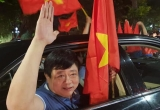 """Sếp VOV xuống đường """"đi bão"""" sau trận thắng lịch sử của Olympic Việt Nam"""