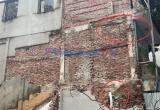 Hà Nội: Lớp học mầm non thủng lỗ chỗ, đình chỉ công trình xây dựng liền kề