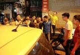 Hà Nội: Khống chế nghi phạm đâm người rồi cố thủ 6 tiếng trong nhà