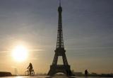 Paris 'tắt đèn' tháp Eiffel ủng hộ người dân Aleppo