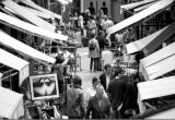 'Chợ Bọ Chét' trời Tây