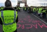 Pháp hủy bỏ các kế hoạch tăng thuế nhiên liệu trong năm 2019