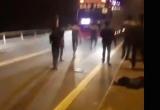 Triệu tập nhóm thanh niên chặn xe ô tô 'xin đểu', livestream khoe chiến tích trên Facebook