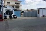 Sập tường công ty, hai người tử vong trong đống đổ nát