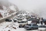 Arab Saudi ngỡ ngàng với tuyết rơi giữa sa mạc