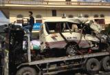 Quảng Ninh: Xe đi lễ chùa nổ lốp khiến hàng chục người thương vong