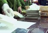 Phú Thọ: Bắt giữ 4 đối tượng tàng trữ, vận chuyển 7 bánh heroin