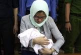 Xét xử đại án TrustBank 6.000 tỷ: Vì sao bị cáo mới sinh con nhất quyết đến toà?