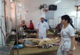 Yên Bái: Đã có ít nhất 44 công nhân Công ty may KNF Trấn Yên nhập viện do ngộ độc khí