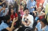 Đan Trường xúc động hát phục vụ bệnh nhân ung thư