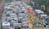 Hàng trăm ô tô và hàng ngàn phật tử tham gia đoàn rước tượng Phật mừng đại lễ Vesak 2019