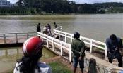 Người dân phát hiện thi thể thanh niên dưới hồ Xuân Hương