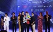 """Liveshow Ngọc Sơn tại Hà Nội """"cháy vé"""", khán giả ngồi ghế súp"""