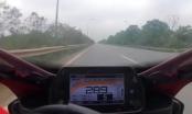 Clip kinh hoàng môtô chạy tốc độ gần 300 km/h trên đại lộ Thăng Long