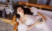 Ngây ngất với vẻ đẹp thuần khiết của Hoa hậu Tiểu Vy ở tuổi 19