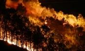 Clip núi Nầm rực lửa trong đêm