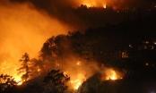 Lửa lại bao trùm núi Nầm trong đêm, hàng trăm người nỗ lực khống chế đám cháy