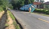 Bị cuốn vào gầm xe khách sau va chạm giao thông, người phụ nữ tử vong