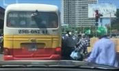 Xe buýt nhái tung hoành khiến giao thông thêm lộn xộn
