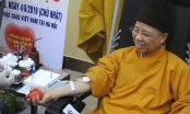 Video: Thượng tọa Thích Thanh Quyết tham gia hiến máu cứu người