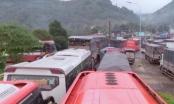 Sạt lở trên đèo Bảo Lộc, giao thông kẹt cứng nhiều giờ