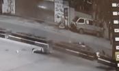 """Clip ghi lại cảnh kinh hoàng xe máy """"cõng"""" 5 sinh viên đâm dải phân 4 người thiệt mạng"""