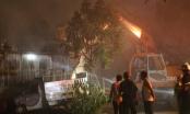 Hà Nội: Cháy lớn trong xưởng làm đá lạnh tại khu công nghiệp Ngọc Hồi