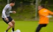 [Clip]: Pha đi bóng đẳng cấp của Văn Hậu trên sân tập của SC Heerenveen