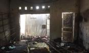 """Bỏ 20 triệu đồng thuê người ném bom xăng, đốt nhà """"tình địch"""" vì ghen"""